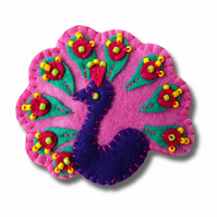 Peacock design handmade felt brooch - color - Dark Lilac