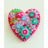 Japanese Art Inspired Heart Shape Felt Brooch
