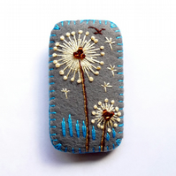 Rectangle Shape Dandelion inspired handmade felt brooch - Dark Grey