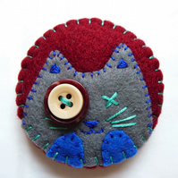 Clip Art Inspired Cat Design Handmade Felt Brooch