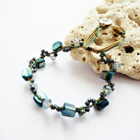 Shell Beads and Faceted Cut Glass Metallic Crystals Beads adjustable friendship