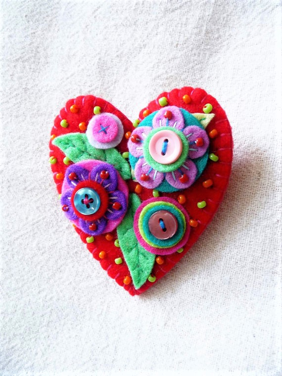 Japanese Art Inspired Handmade Heart Shape Felt Brooch - Red