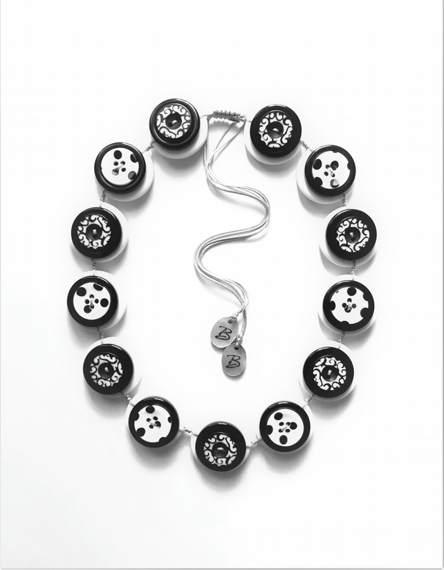 WAS 17.00 ,NOW 15.00 Black and White  - VINTAGE BUTTONS Handmade Necklace