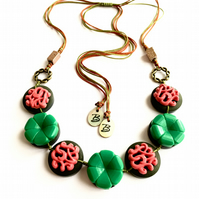 WAS 17.00 ,NOW 15.00 Coral pink and Green - VINTAGE BUTTONS Adjustable Necklace