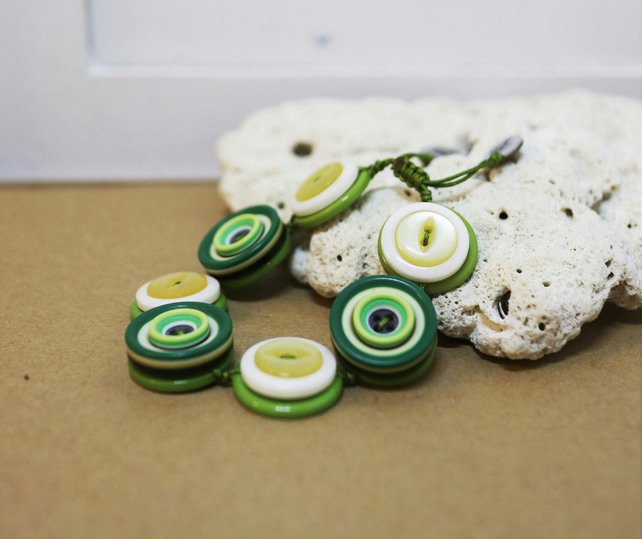 Green and yellow Story - Vintage Button Adjustable Bracelet