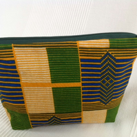 Large African print zipped pouch - Kente print
