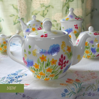 Meadow 6 cup teapot