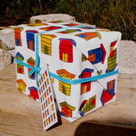 Beach hut gift wrap pack