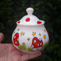 Mushroom sugar bowl red and white spotted sugar bowl trinket pot cotton wool pot