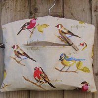 English Garden Birds Clothes Peg Bag
