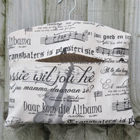 Music Note Print Clothes Peg Bag
