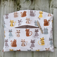Cartoon Cat Print Peg Bag in Light Grey Cotton Fabric