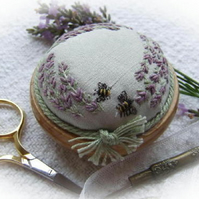 PP4 Lavender and Bees Pincushion Pattern and Print Kit (pale green silk)