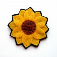Sale: Sunflower Brooch