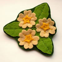SALE: Primrose Trio, felt flower brooch, spring flowers