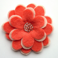 SALE Flower Brooch