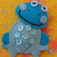 Filbert the Frog Brooch