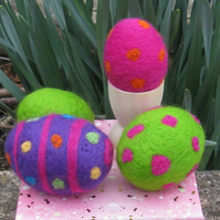 Kit - Needle Felted Eggs