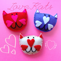 Love Kat (limited edition) Cat Brooch