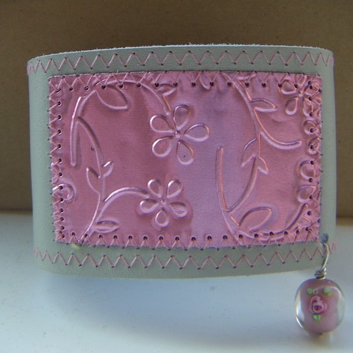 Victoriana sewn metal and leather wristlet - pink on stone