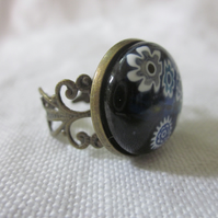 Handmade glass cabochon filigree ring - blue and white flowers on black