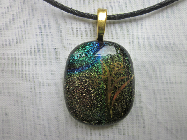 Handmade dichroic glass cabochon pendant - subtle mix with gold daffodils