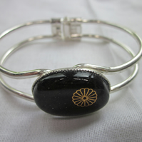 Handmade fused glass bangle - Dark Daisy