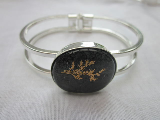 Handmade fused glass bangle - Dark Wildflower