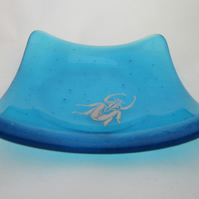 Handmade  fused glass trinket bowl or soap dish - copper beetle on turquoise