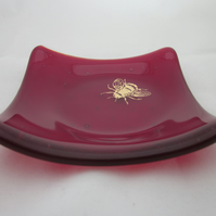 Handmade fused glass trinket bowl or soap dish - gold bee on transparent red