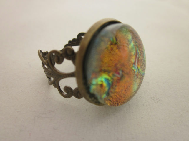 Handmade glass cabochon filigree ring - Flame dichroic