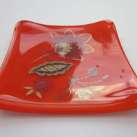 Handmade fused glass trinket bowl or soap dish - pimento with Persian flower