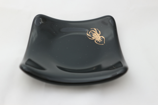 Handmade  fused glass trinket bowl or soap dish - copper beetle on black