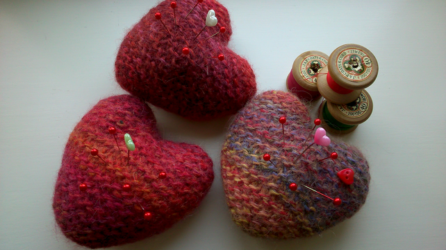 Hand knitted & felted heart pin cushion - Folksy