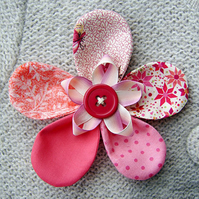 Mothers Day Flower Brooch Corsage