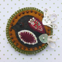 Felt Bird Brooch, with appliqué & heart button details.
