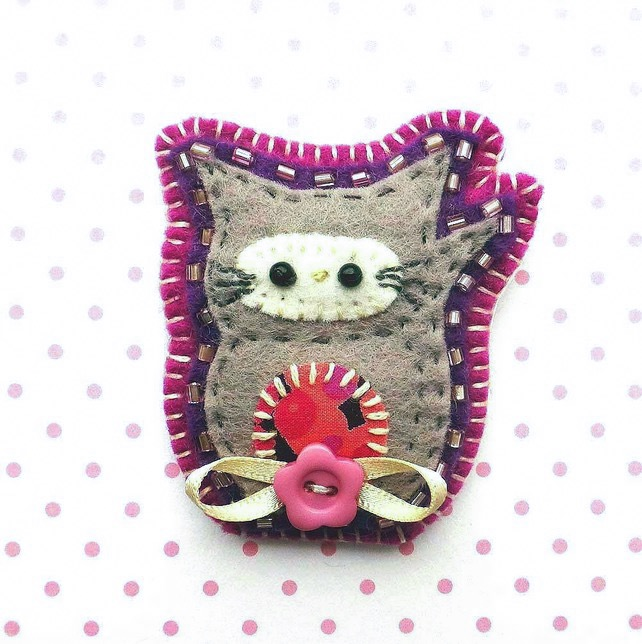 Cat Brooch, Handmade Felt Brooch