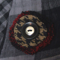 Upcycled Brooch with Button