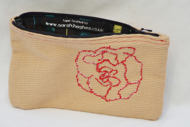Cream small purse with embroidered Red flower
