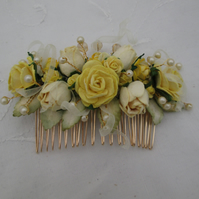 Hair comb yellow roses gold