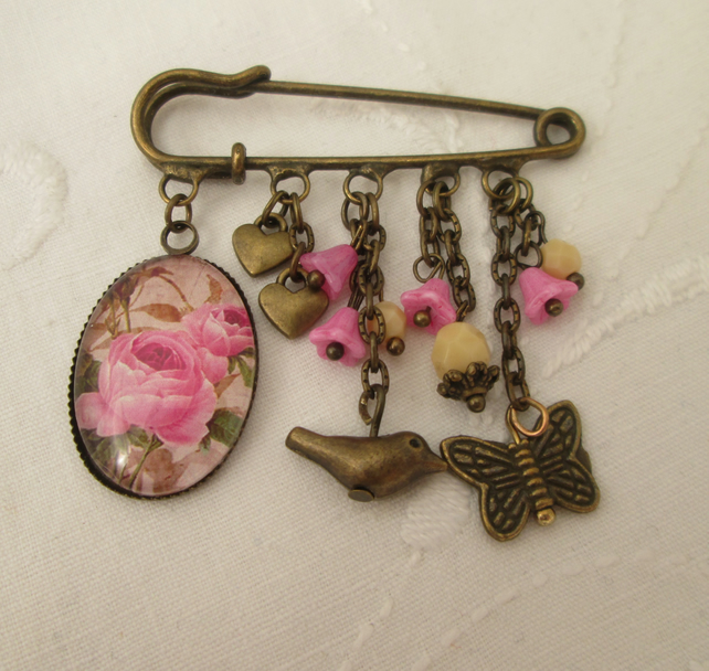 Kilt pin brooch - butterfly bird pink roses