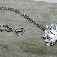 "Sterling silver life path lotus necklace Rhodocrosite 18"" chain UK hallmarks flo"