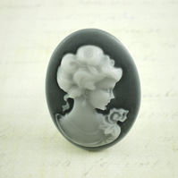 Chunky Cameo Ring