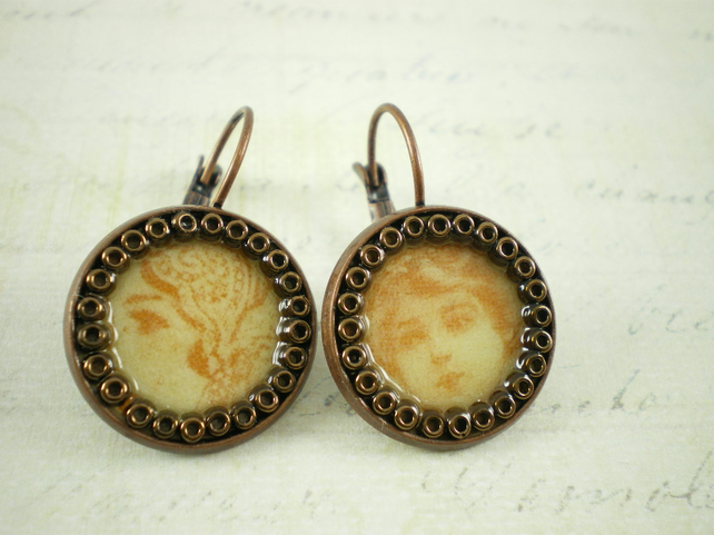 Vintage lady Earrings