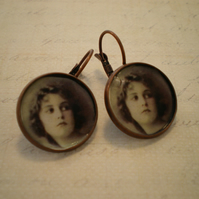 'Vintage' inspired portrait Earings