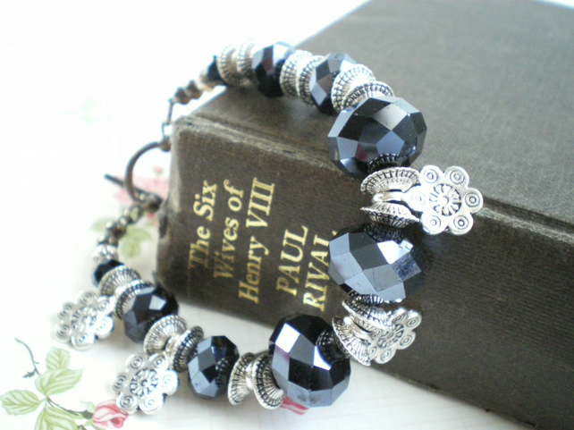 Crystal & Flower Bracelet.