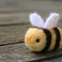 Custom Listing for Lilbleudaisy - Bertie Bumble Bee