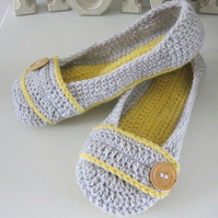 Womens crochet slippers made to order