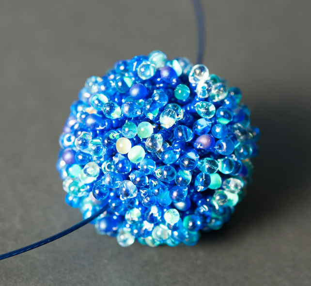 Deep Blue Anemone Beaded Bead Necklace