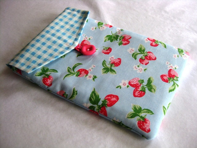 Handmade Cath Kidston Mini Strawberry fabric cover Kindle 3 & New Kindle Wi Fi 6